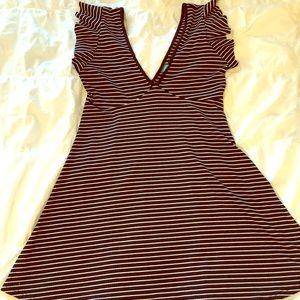 Stripped deep V summer dress